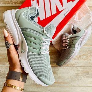 NWT Nike Air Presto